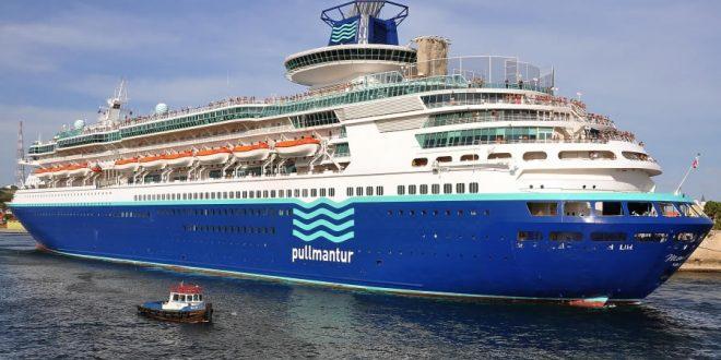 barco pullmantur monarch